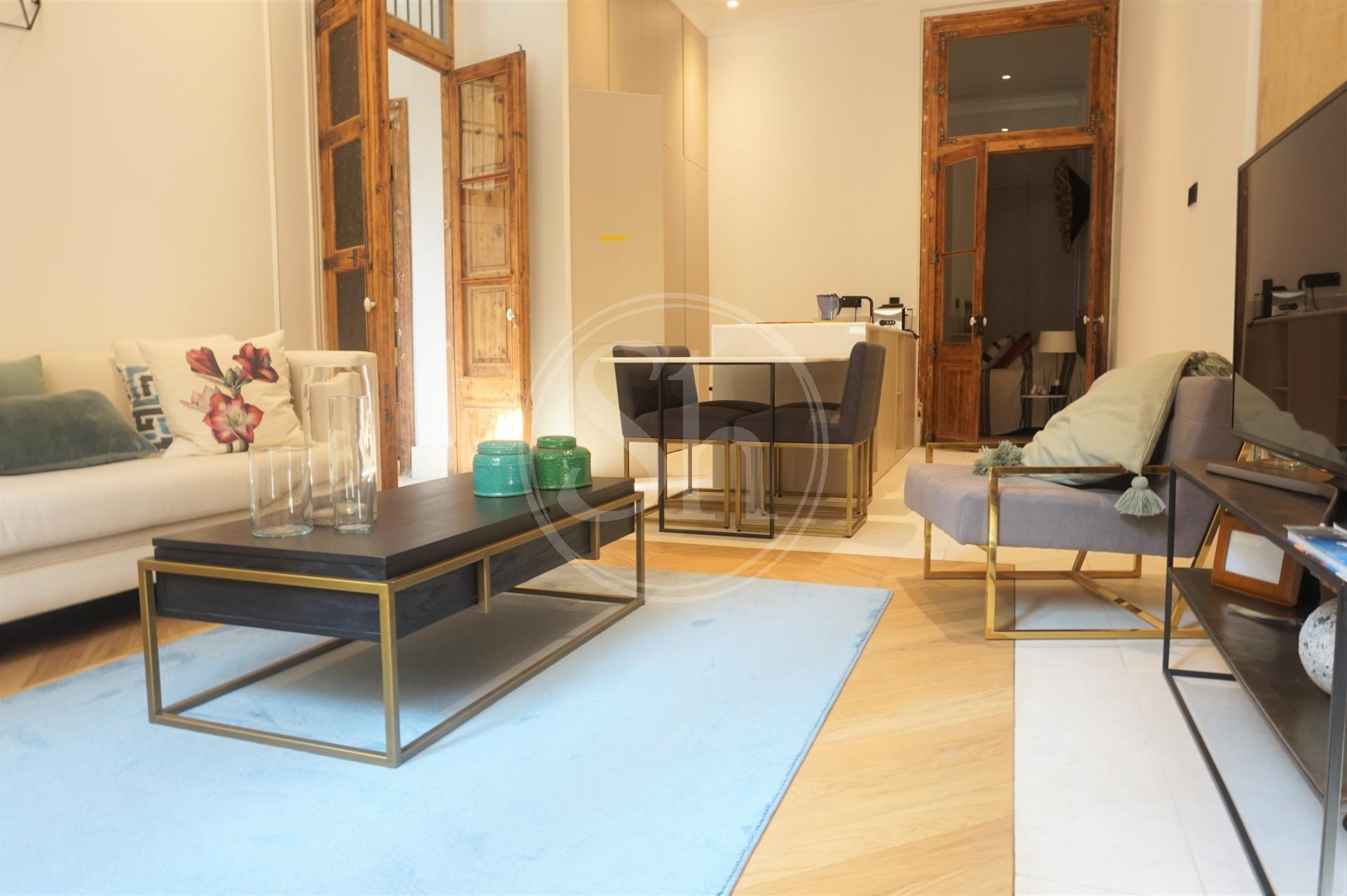 Wohnung zur Miete in Barcelona Trafalgar - Lluis Companys