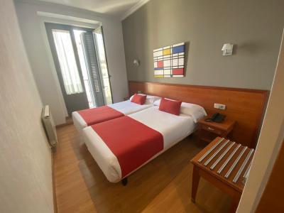 Appartement te huur in Madrid Plaza Del Angel - Atocha