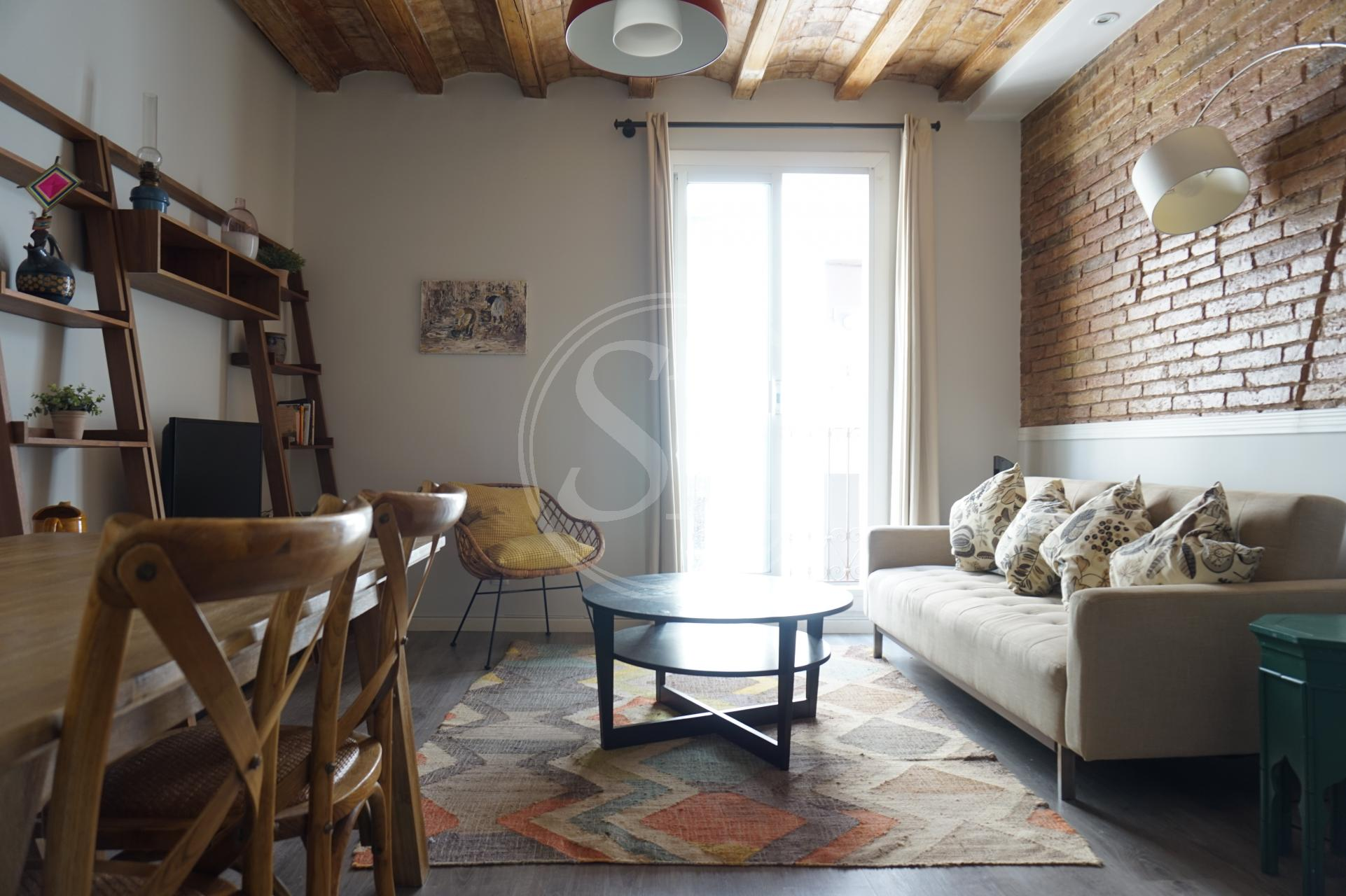 Apartment for Rent in Barcelona Nou De Dulce - Ronda De Sant Antoni