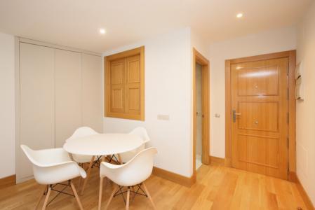 Apartment for Rent in Madrid Paseo De La Castellana - Bernabeú