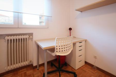 Appartement te huur in Madrid Santa Engracia - García Paredes (calefaccion Incl)