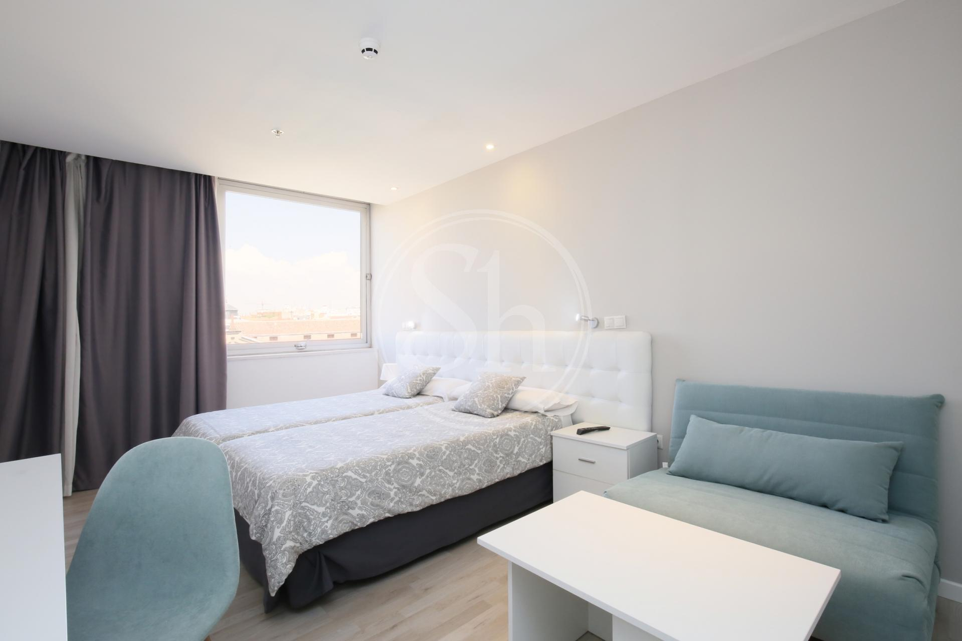 Studio for Rent in Madrid Almagro - Alonso Martinez - Todo Incluido