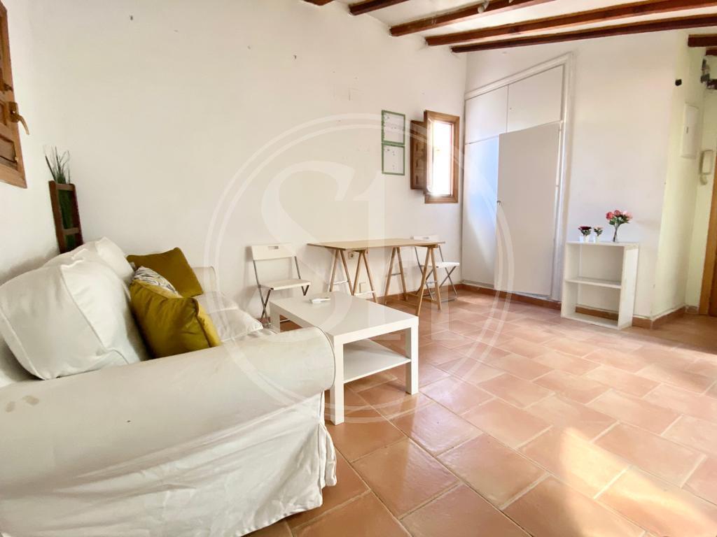 Apartment for Rent in Madrid Mesón De Paredes - Lavapies
