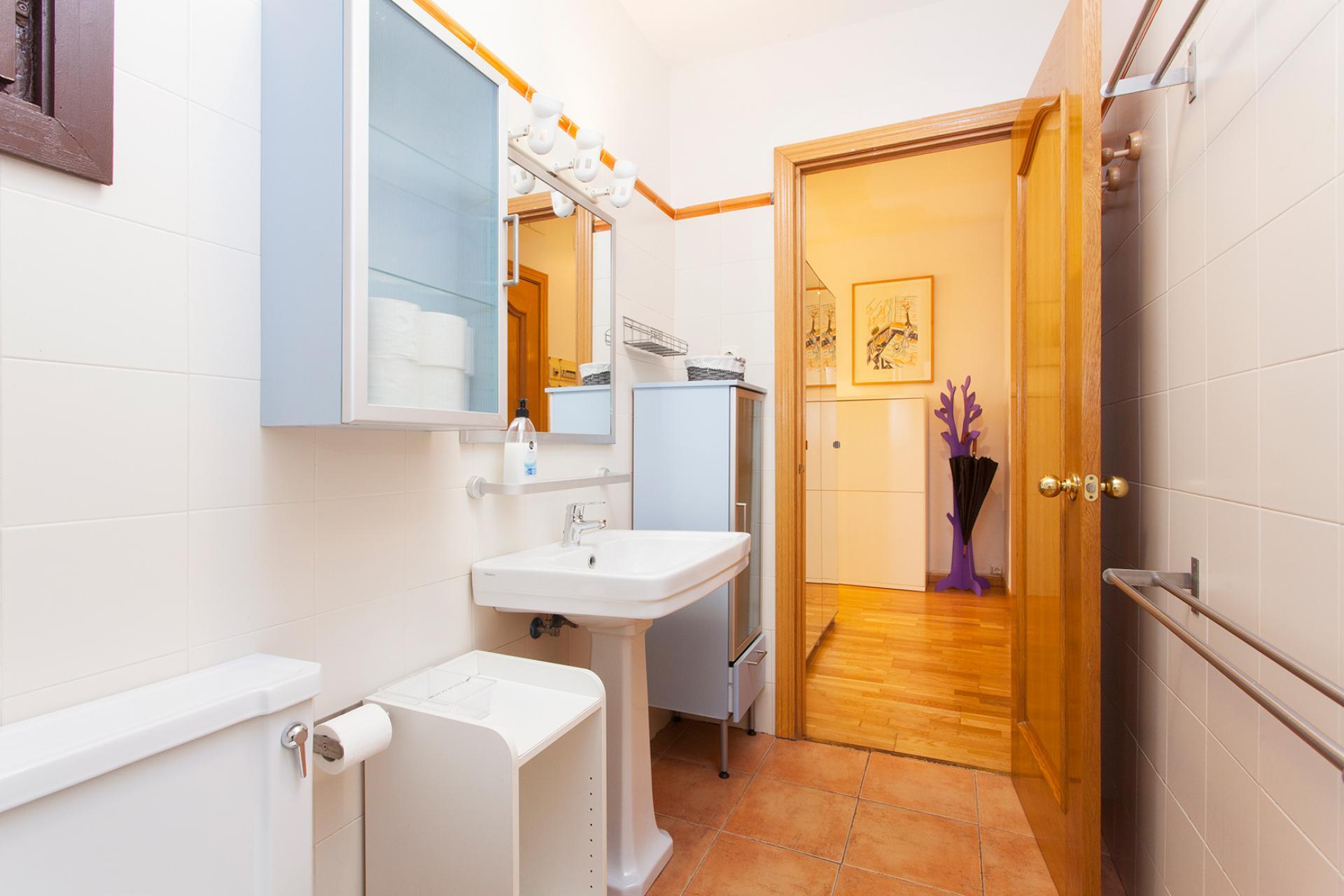 Shbarcelona piso de alquiler en pleno barrio g tico for Pisos alquiler los barrios