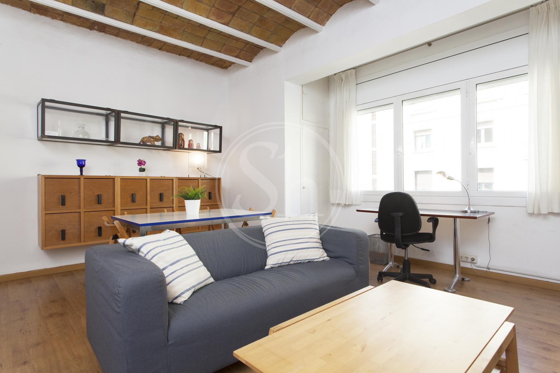 shbarcelona loft meubl eixample dreta casanova barcelone. Black Bedroom Furniture Sets. Home Design Ideas