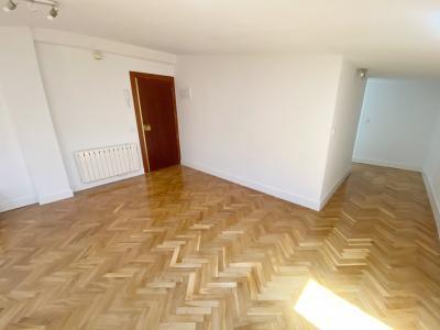Appartamento in Affitto a Madrid Barquillo - Chueca