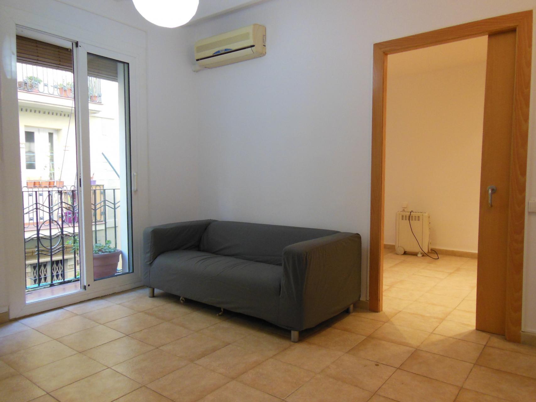 Apartamento en alquiler barcelona ciutat vella sevilla almirall cervera - Apartamentos en alquiler barcelona ...