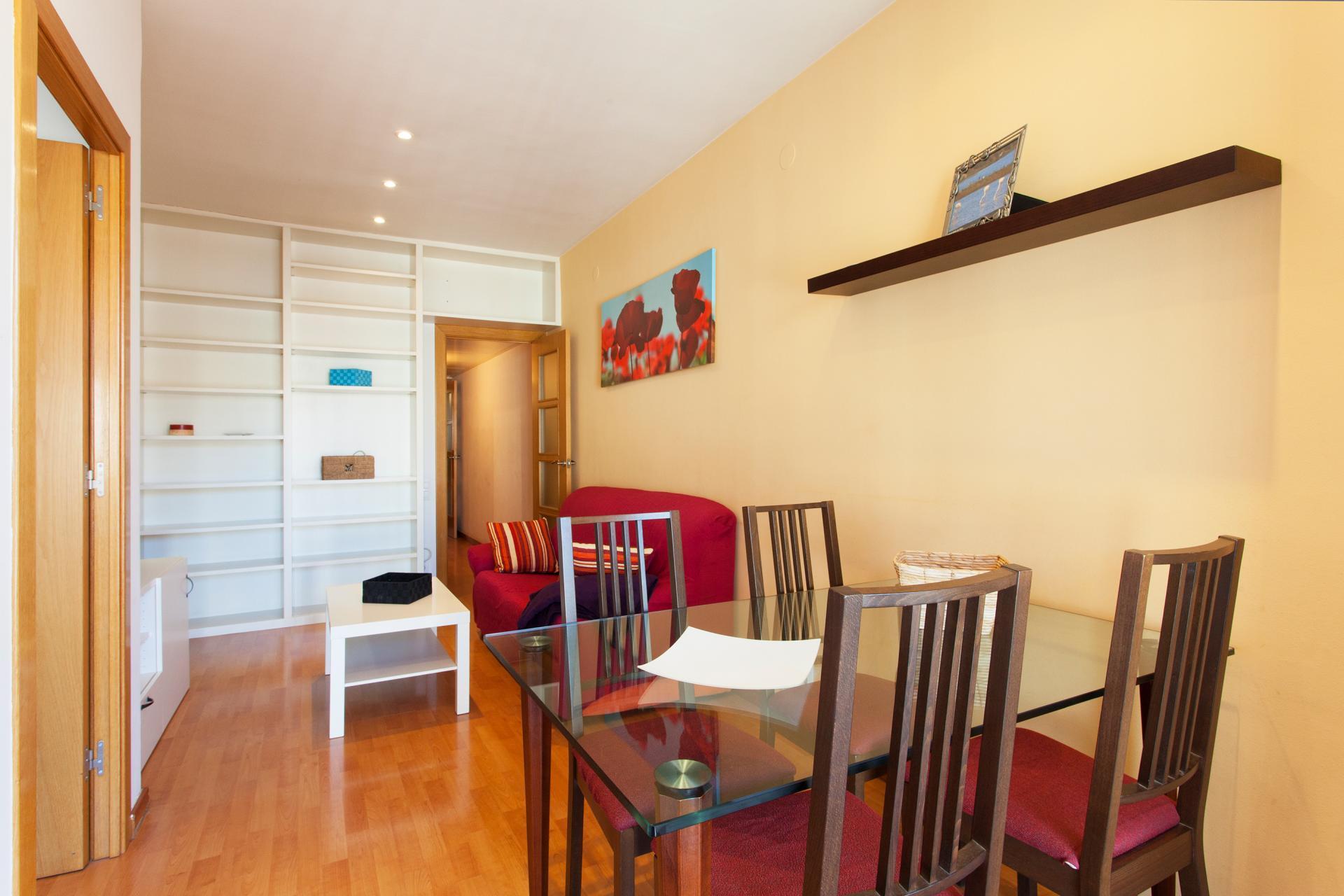 appartement louer barcelona l 39 eixample valencia meridiana. Black Bedroom Furniture Sets. Home Design Ideas