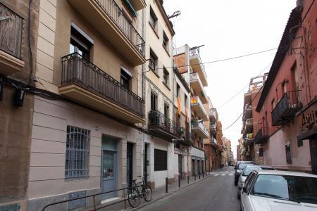 Pis en Lloguer a Barcelona Violant D Hongria - Metro Plaza Del Centro