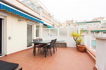 Penthouse à louer dans l'Eixample avec belle terrasse