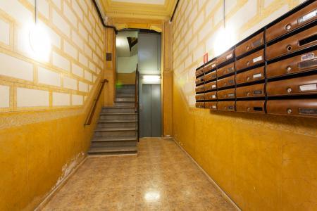 Piso de 2 habitaciones en alquiler calle Entença con Valencia