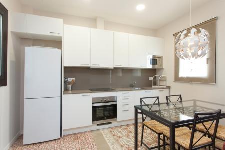 Luminoso apartamento com 2 dormitórios e varanda no L'Eixample