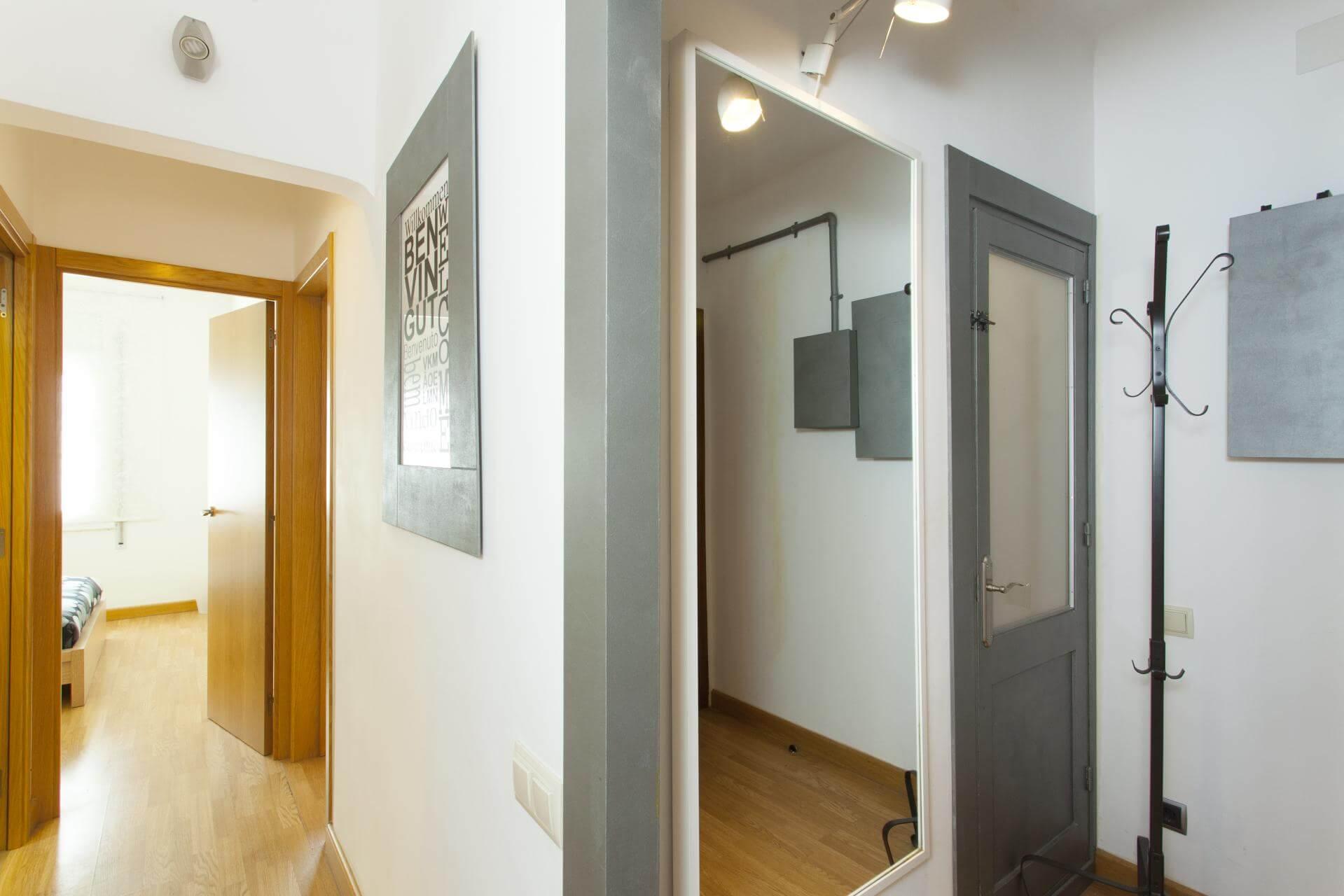 shbarcelona appartement louer sants montju c barcelone. Black Bedroom Furniture Sets. Home Design Ideas