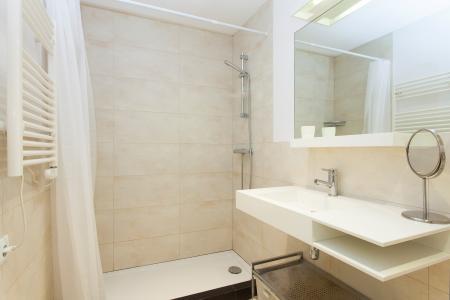 Piso para alquiler mensual en Barcelona con 3 habitaciones