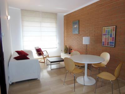 Piso en alquiler barcelona sarri sant gervasi espinoi for Alojamiento estancia 30m2