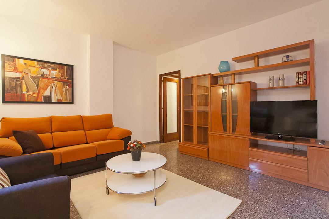 Appartement te huur in Barcelona Marina - Ausias Marc
