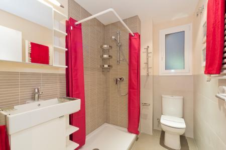 Espacioso piso de 2 habitaciones y 2 baños de alquiler