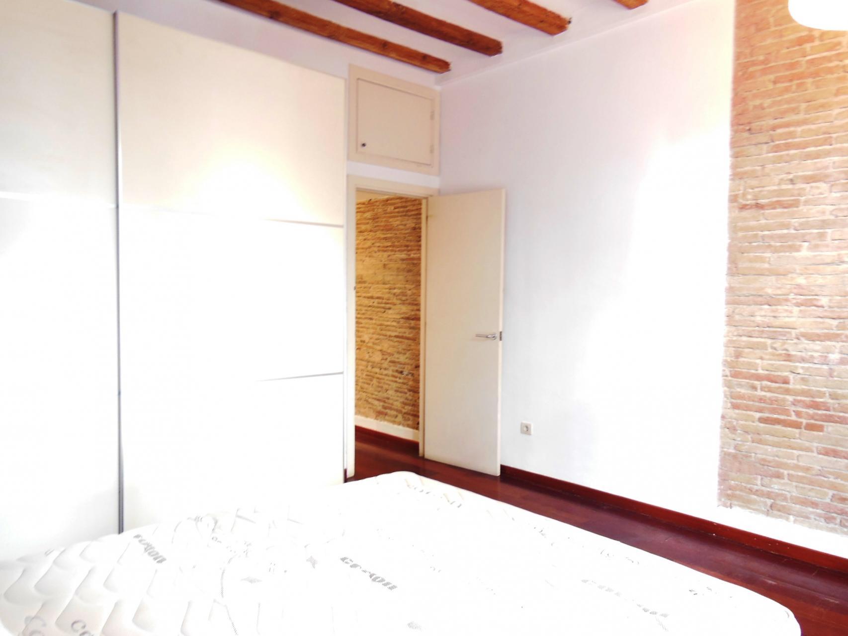 Appartement louer barcelona ciutat vella portal nou for Location appartement design barcelone