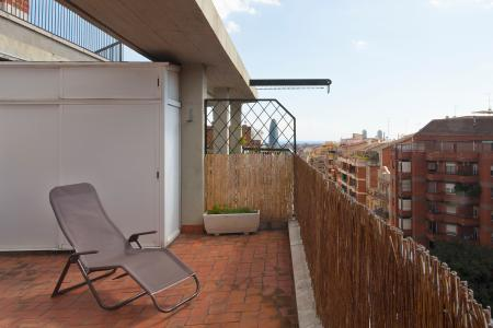 Moderna cobertura com varanda em Independencia – San Pau