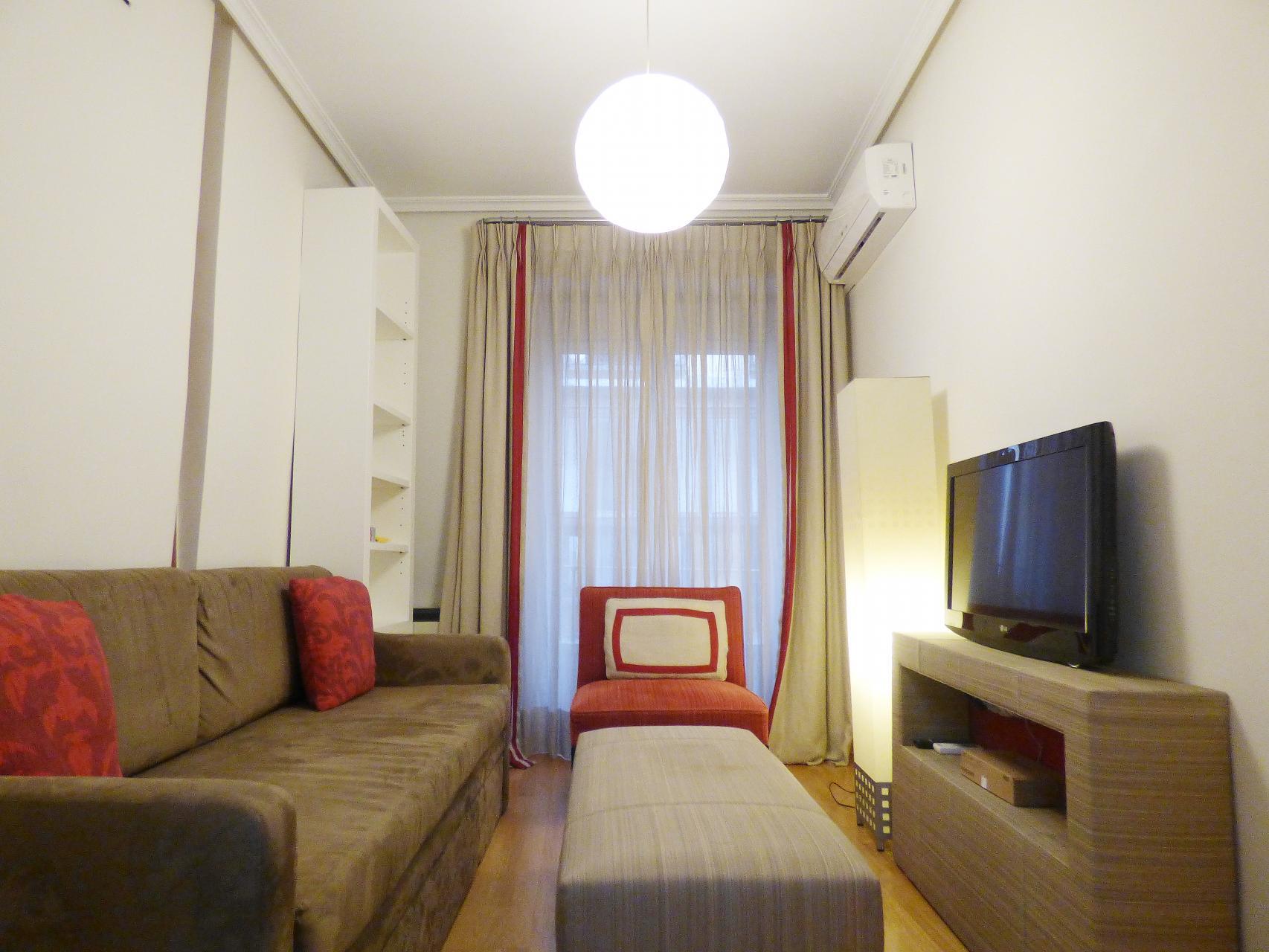 Apartment For Rent Madrid Centro Relatores Metro Tirso De Molina # Muebles Tirso De Molina