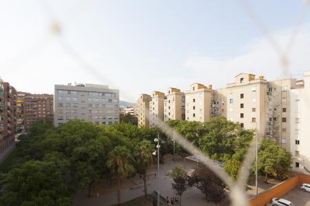 Piso en Alquiler en Barcelona València - Llançà (parking Incluido)