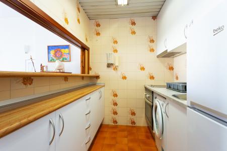 Luminoso apartamento para alugar na Avenida Roma