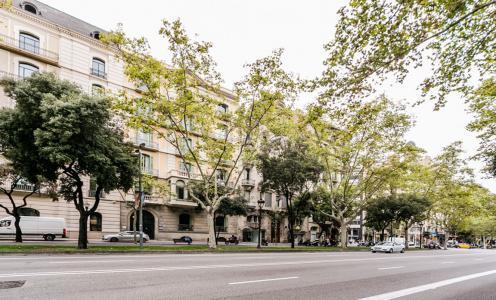 Estupendo recién reformado y amueblado en Avenida Diagonal - Paseo De Gracia