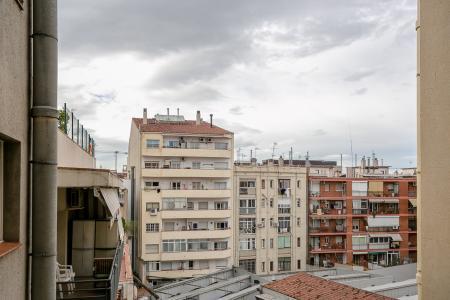 Piso de alquiler en calle Sardenya con Pujades