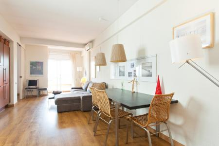 Studio flat for rent located on Rambla Badal Sants Montjuic
