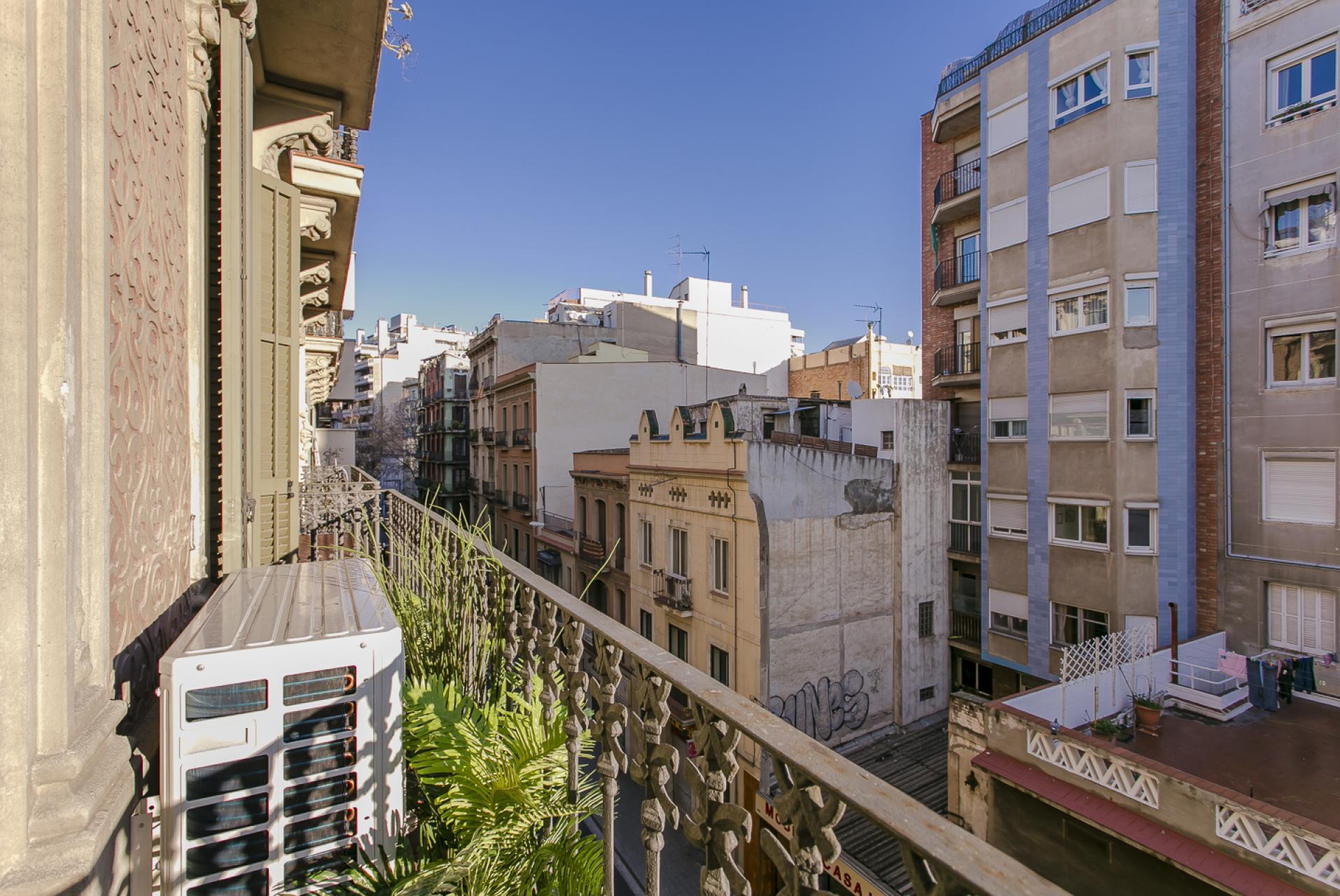 Shbarcelona alquiler piso situado en barrio gr cia for Pisos alquiler los barrios