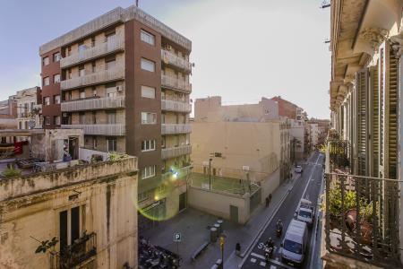 Appartamento in Affitto a Barcelona Gran De Gracia -  Fontana
