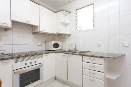 Appartement te huur in Barcelona Consell De Cent - Calabria