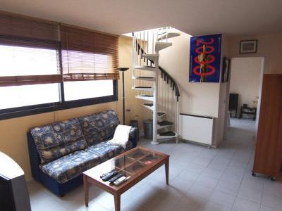 Ático con gran terraza de alquiler en Rambla Del Raval