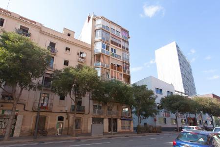 Piso en Alquiler en Barcelona Consell De Cent - Independencia