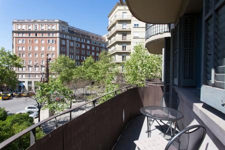 Flat for rent available monthly near the Sagrada Familia