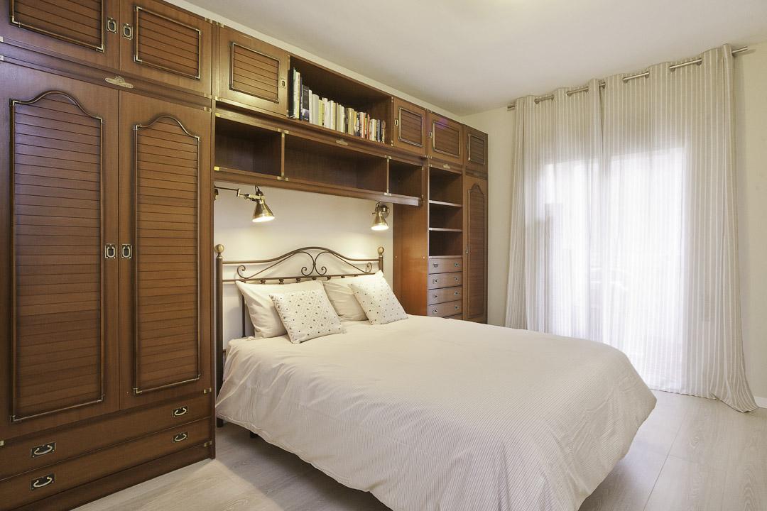 shbarcelona appartement dans sarri sant gervasi. Black Bedroom Furniture Sets. Home Design Ideas