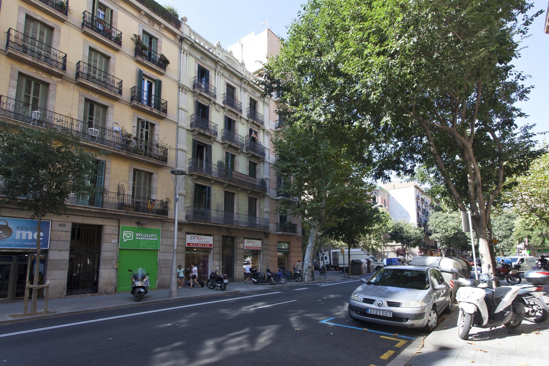 Shbarcelona tico ideal con estupenda terraza l 39 eixample - Atico eixample barcelona ...
