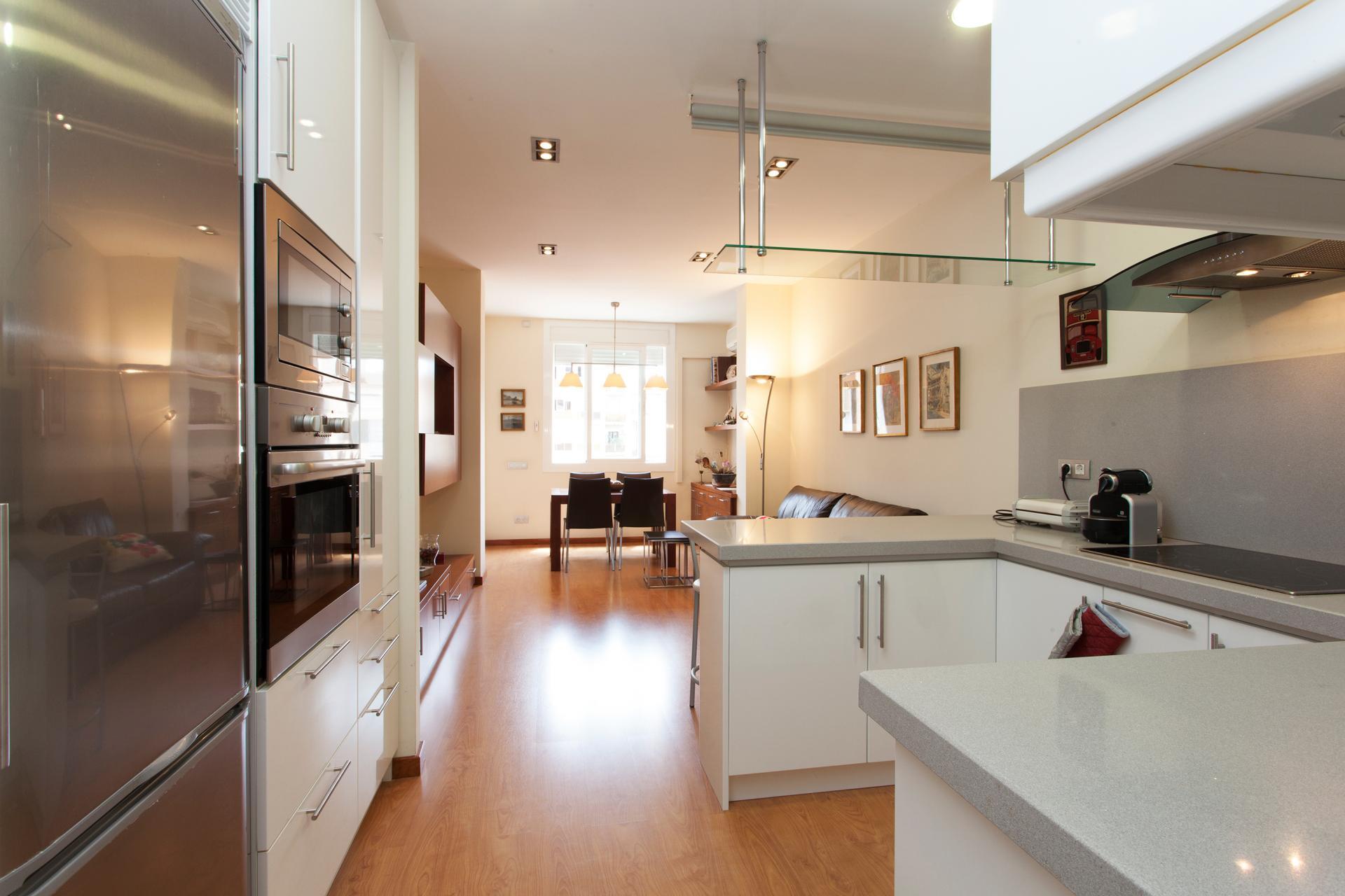 Shbarcelona alquiler piso turistico rosellon aribau - Pisos turisticos barcelona ...