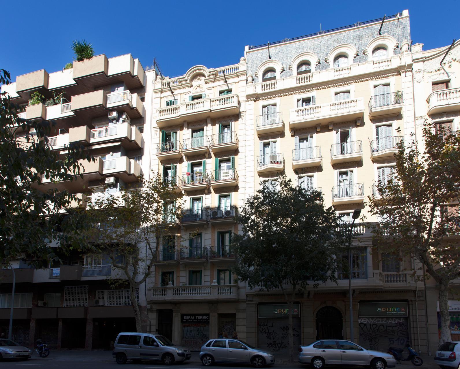 Shbarcelona alquiler piso eixample izquierdo consell cent - Alquiler pisos barcelona eixample ...