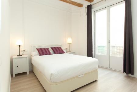 Amplio piso en alquiler en el casco antiguo de Barcelona