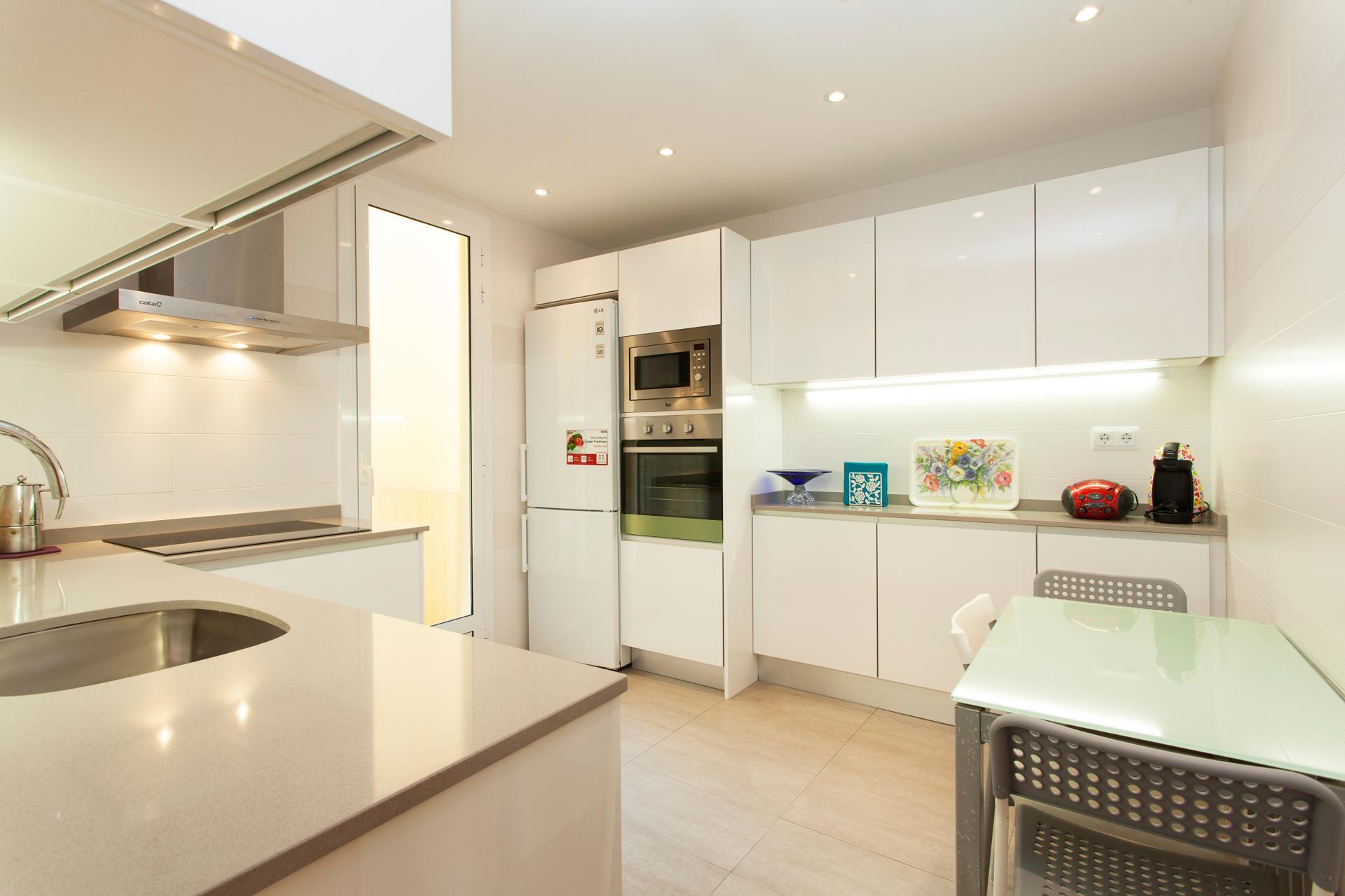 Shbarcelona appartement quip et meubl vila ol mpica for Meuble barcelona