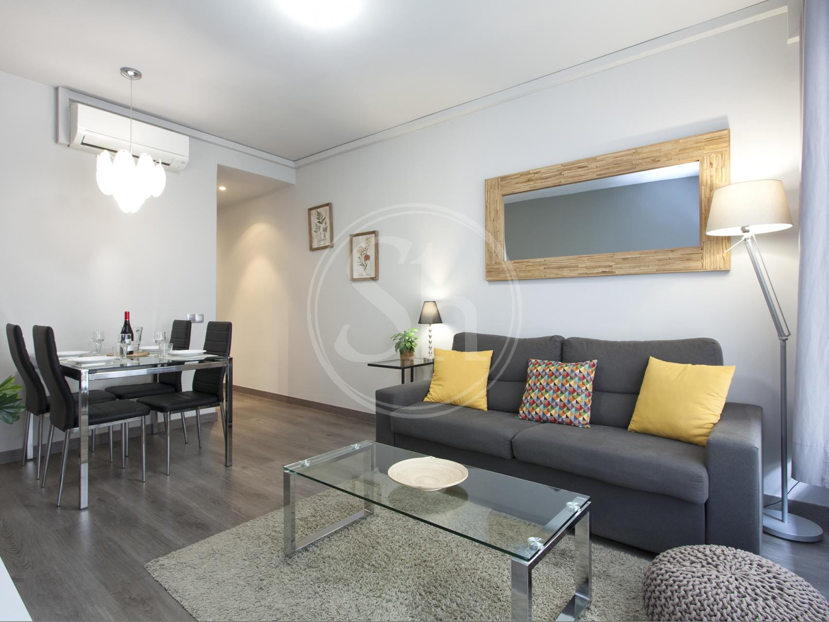 Renovated apartment for rent close to Plaza de España