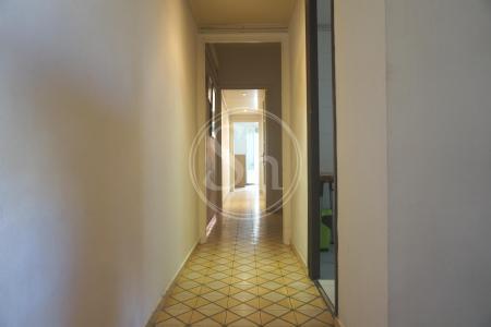 Appartamento in Affitto a Barcelona Indústria - Avinguda Gaudí