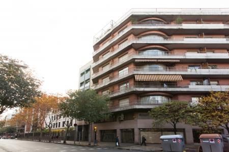 Ubicación inmejorable, en la calle Aragó con Comte Borell