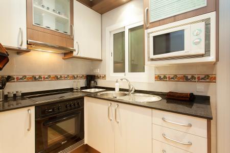 Appartement te huur in Barcelona S. Antoni Maria Claret- Dos De Mayo