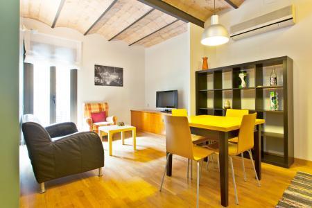 Apartamento funcional de aluguel mensal na Av. Diagonal