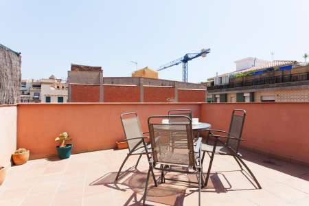 Apartamento mobiliado no coração da Gràcia