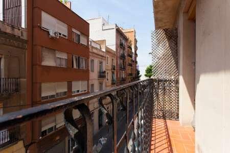 Pis en Lloguer a Barcelona Olivera - Santa Madrona - Till July 2020