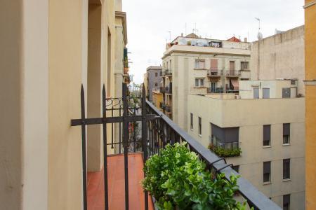 Aluguel mensal de loft próximo da praia da Barceloneta
