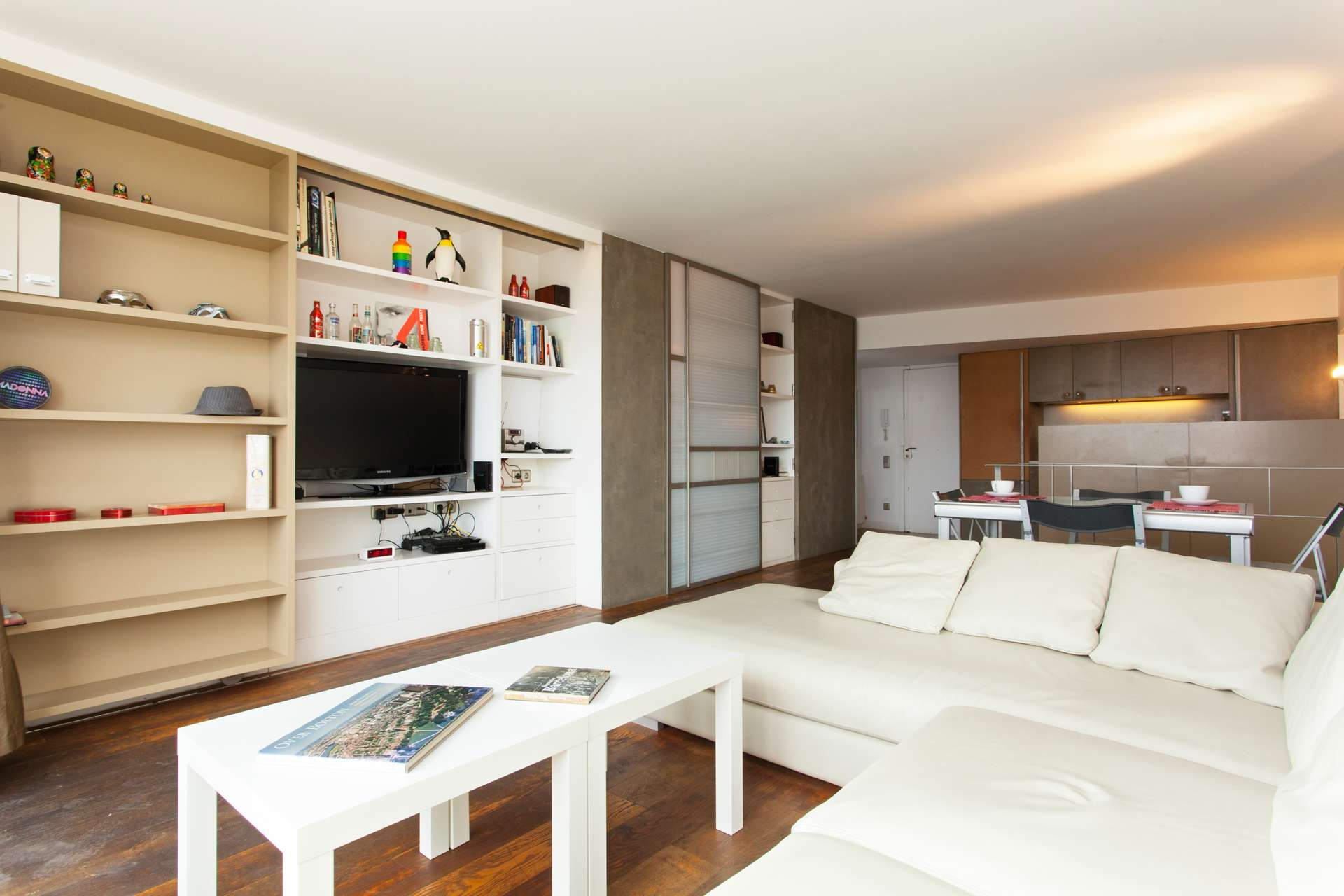 Shbarcelona piso alquiler terraza sant marti vila olimpica for Piso wellington barcelona